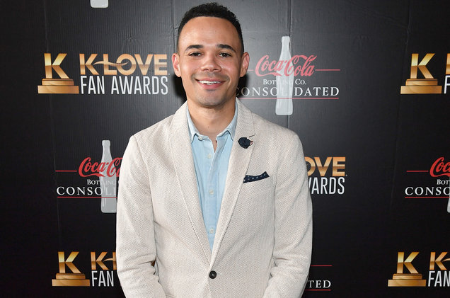 Photos: Tauren Wells Emerges Top at the 2018 Dove Awards [See Full List]