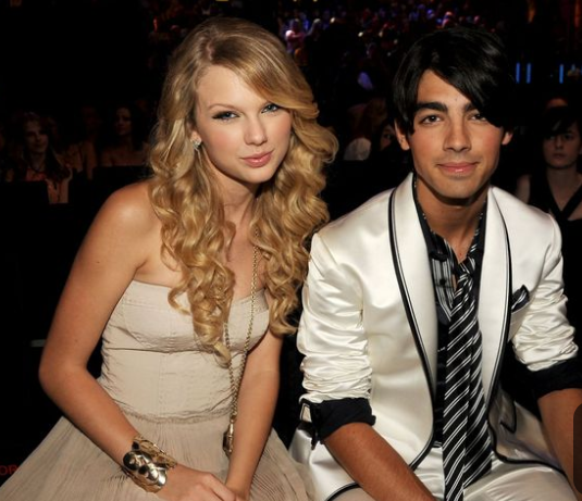 Taylor Swift Makes Comments About Her Breakup With Joe Jonas In 2008