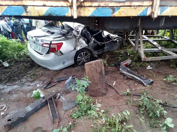 2 LAUTECH students, pupil killed in auto crash