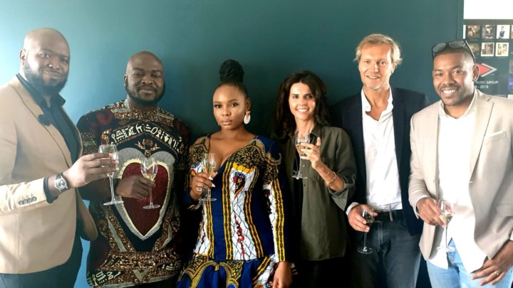Yemi Alade signs deal with Universal Music
