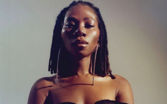 Asa – Torn (Live Version)