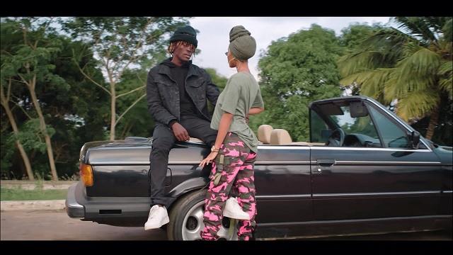 VIDEO: Kofi Mole – Me Ne Woaa