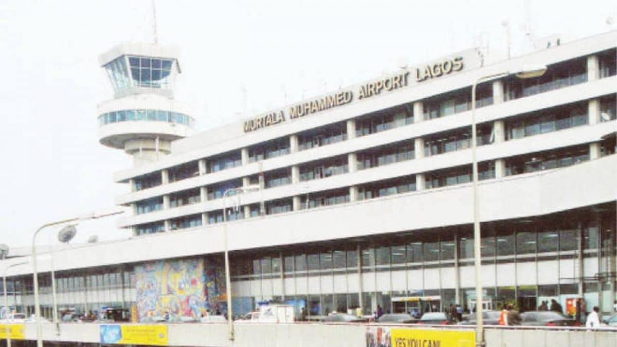 Nigerian man returning from China slumps, dies at Lagos airport