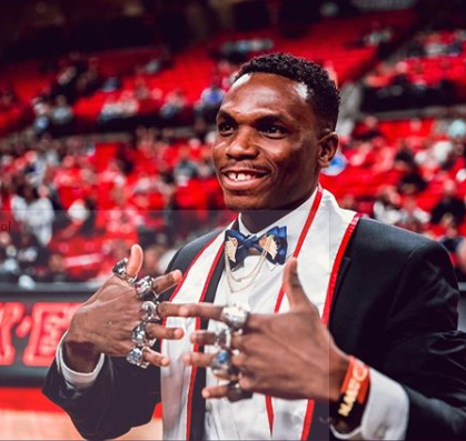 Divine 'Ineverexperredit' Oduduru graduates from US university