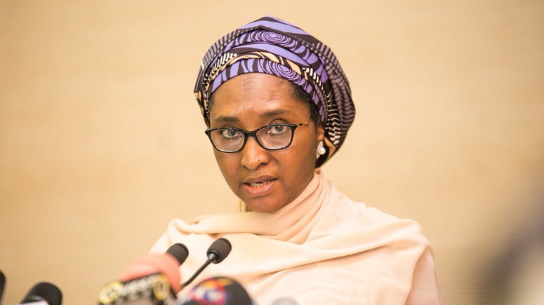 Coronavirus: FG set to cut budget amid crumbling oil prices