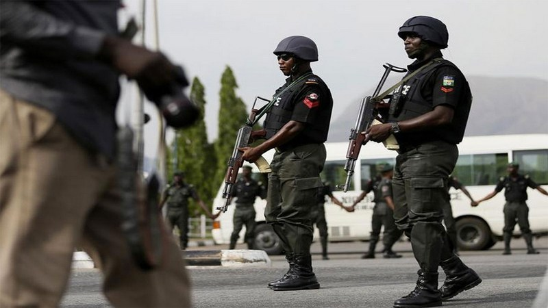 48 apprehended as hoodlum stabs another to death in Lagos