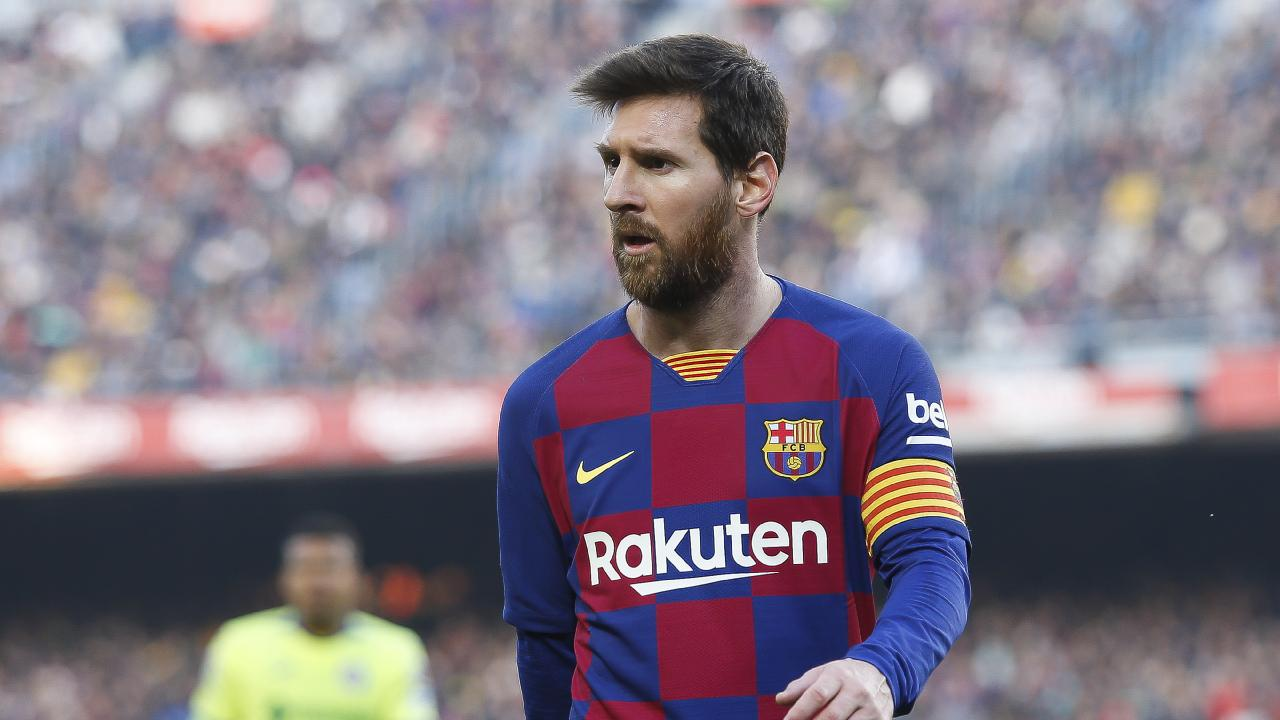 Messi debuts new look without his beards