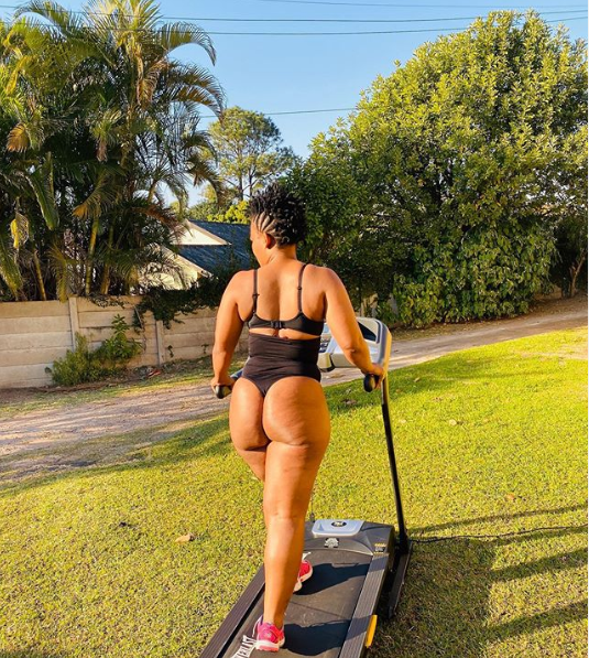Zodwa Wabantu shows off her bare bum in new photos