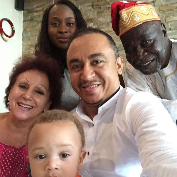 Daddy Freeze to Ibiyeomie 1