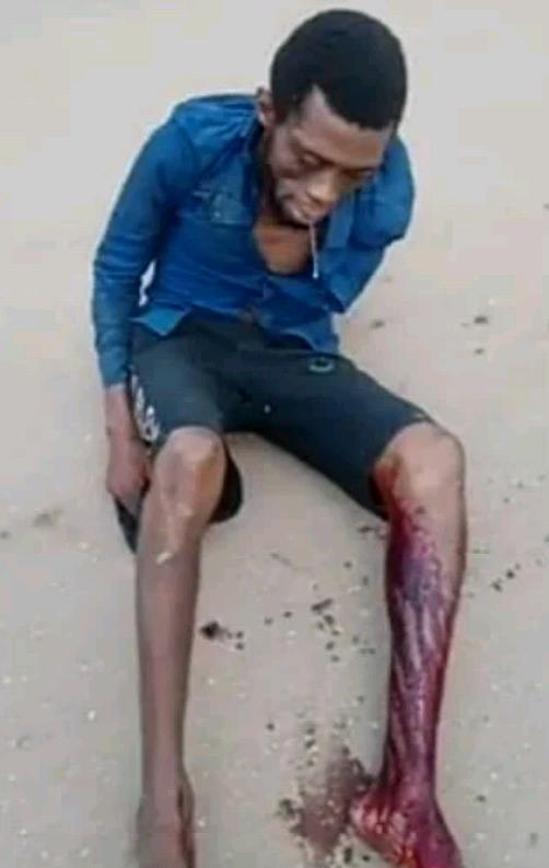 Vigilante group nabbed a suspected phone thief in Benin City-TopNaija.ng