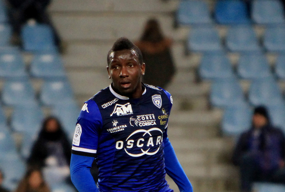 30-year-old French footballer, Christopher Maboulou dies after suffering heart attack during kick-about with friends-TopNaija.ng
