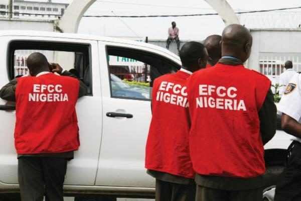 EFCC uncovers how Lagos Scholarship Board boss redirected N127m Top Naija