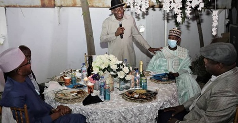Jonathan hosts 15 Gambian political party leaders in Abuja Top Naija