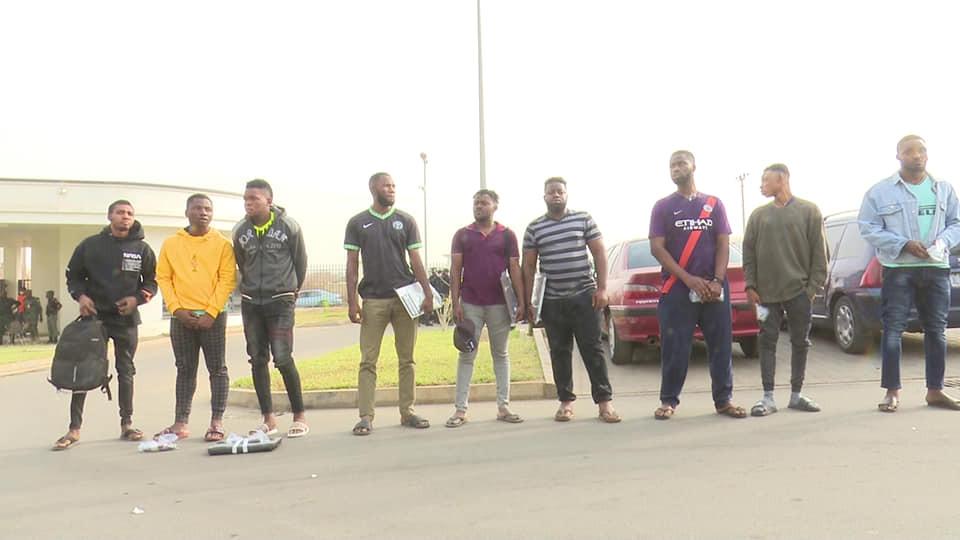 EFCC arrest nine men for fraud in Minna-TopNaija.ng