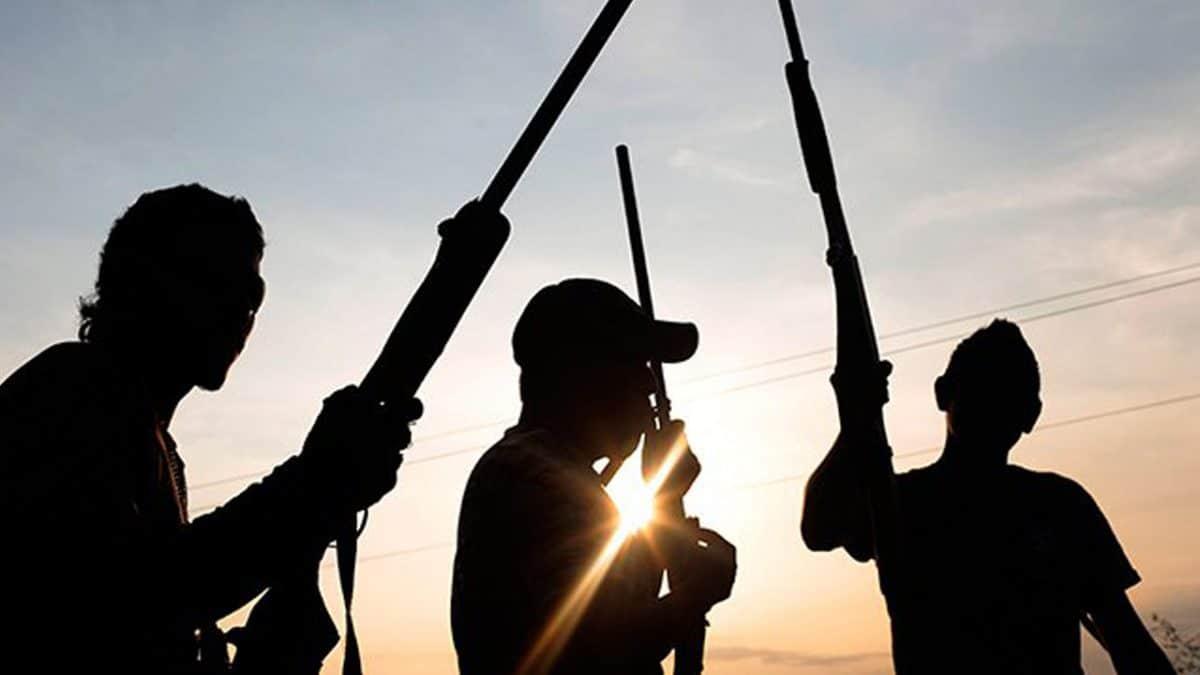 Gunmen attack mall, injure one in Delta-TopNaija.ng