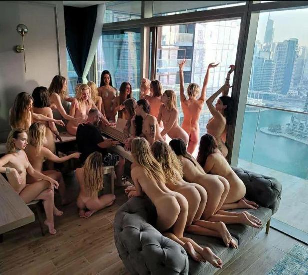 Vitaliy hosts naked women in Dubbai