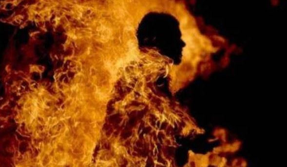 Nigerian man sets himself, ex-wife and 2 children ablaze in Ibadan-TopNaija.ng