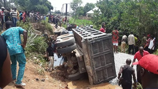 Tears as truck crushes 10 women to death at Imo market-TopNaija.ng