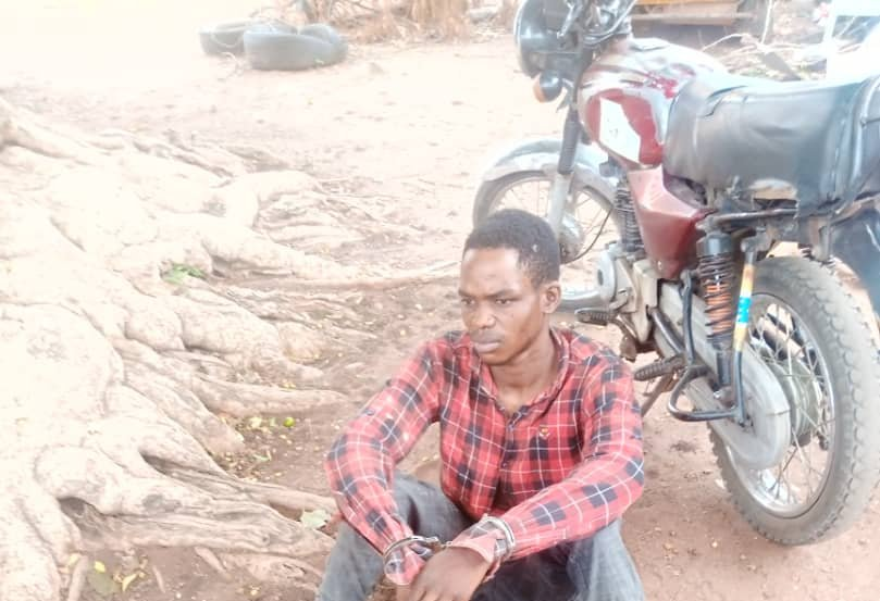 Man arrested with fresh human head, hands in Kwara-TopNaija.ng